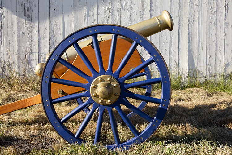 The California Victory Cannon has a gold-painted barrel and blue wheels