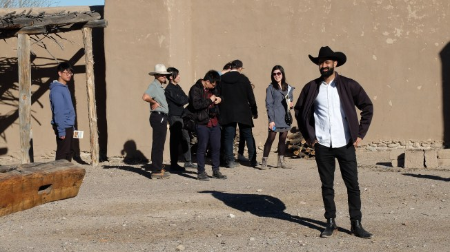 Research on the field trip to west Texas included students visiting the 19th century Fort Leaton Historic Site outside of Presidio, Texas. Fort Leaton's thick adobe walls, varied courtyard spaces, high ceiling interiors informed many of the designs solutions for mitigating the extreme desert heat of the border area of Texas.