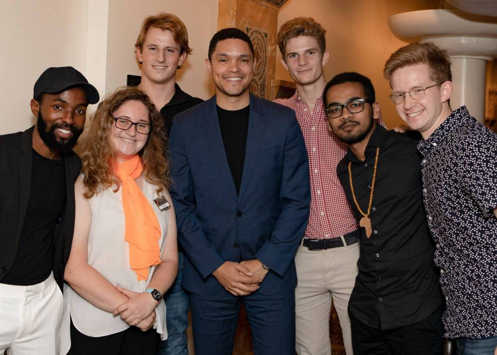 Trevor Noah poses with South African Princeton students