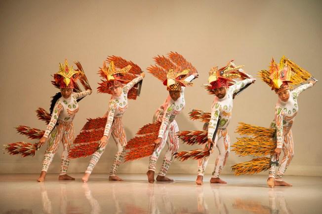 """The Two Kingdoms: Snake and Bird,"" choreographed by Diadié Bathily (Photo: Danny Reise/Washington University)"