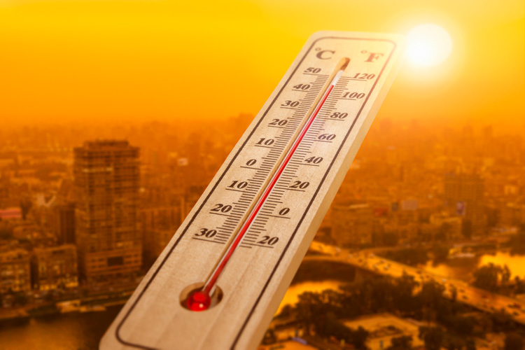 thermometer and hot city