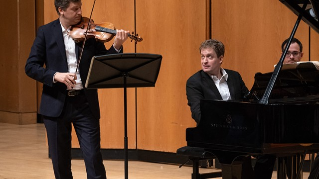James Ehnes and Andrew Armstrong return to the Winter Chamber Music Festival Jan. 10 and 12, 2020. Photo by Elliot Mandel.