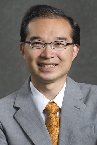 Winston Tseng smiling.
