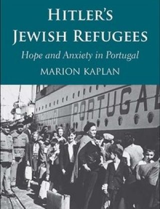 Book cover of 'Hitler's Jewish Refugees' by Marion Kaplan