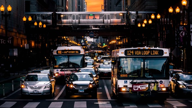 Buses stopped in a street in Chicago